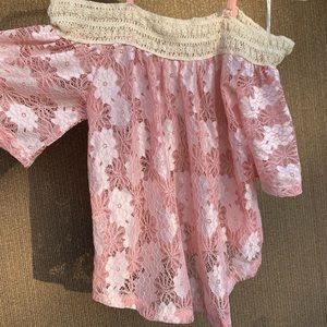 Love J off the shoulders pink lace top Size Small